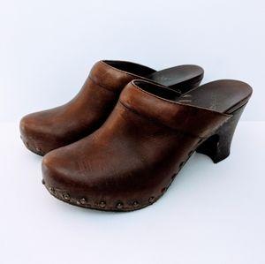 Dansko Rae Studded Leather Mules Clogs Size EU 41